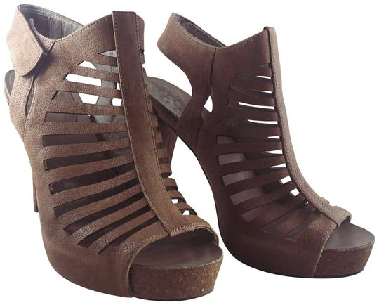 Vince Camuto Leather Cut-out Cutaway Textured Suede Tan Sandals Image 5