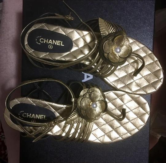 Chanel gold black pearl Sandals Image 1