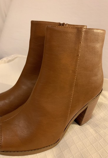 Breckelle's Camel Boots Image 10