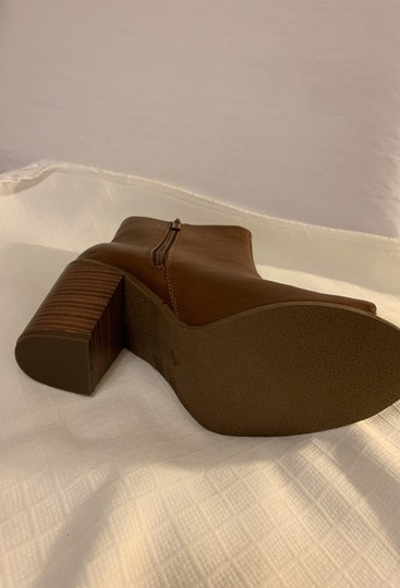 Breckelle's Camel Boots Image 7