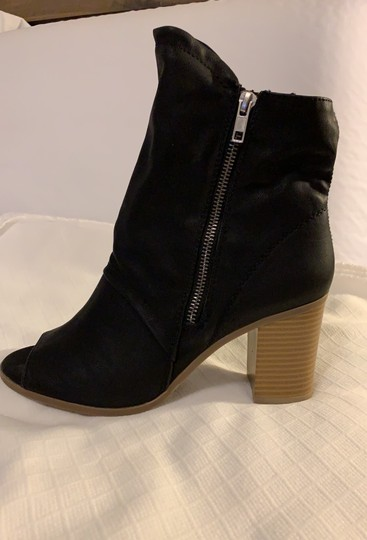 Breckelle's Boots Image 2