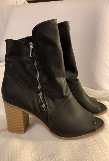 Breckelle's Boots Image 4