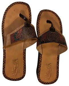 Anay Pe Camel Sandals