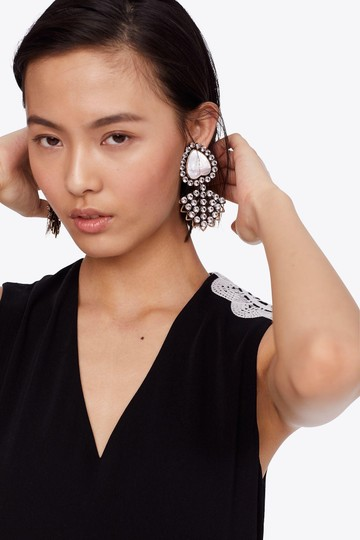 Tory Burch TORY BURCH CRYSTAL MOTHER-OF-PEARL HEART EARRING Image 8