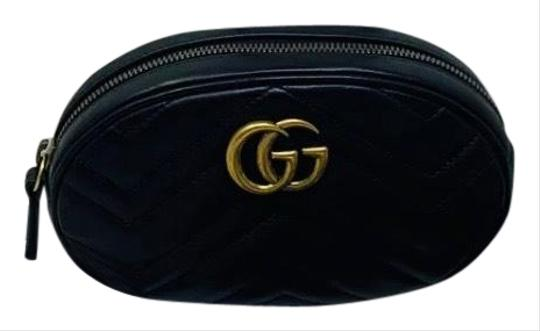Preload https://img-static.tradesy.com/item/25767870/gucci-belt-marmont-gg-matelasse-black-leather-messenger-bag-0-1-540-540.jpg