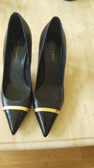 Saint Laurent Black Pumps Image 8