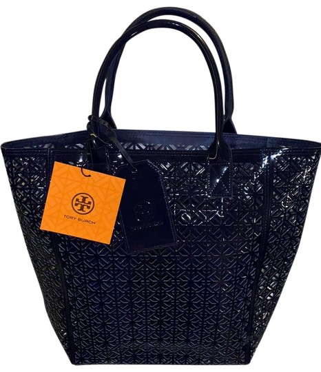 Preload https://img-static.tradesy.com/item/25767955/tory-burch-beach-bagtote-navy-blue-patent-leather-tote-0-1-540-540.jpg