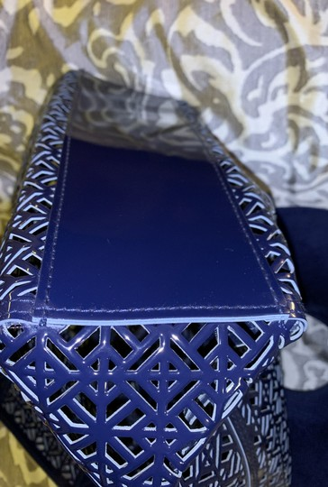 Tory Burch Tote in navy blue Image 4