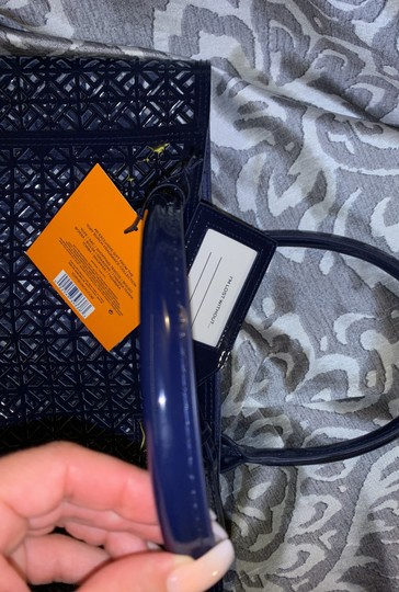 Tory Burch Tote in navy blue Image 7
