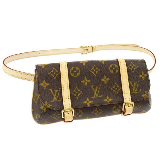 Preload https://img-static.tradesy.com/item/25767967/louis-vuitton-pochette-marelle-new-discontinued-monogram-canvas-cross-body-bag-0-2-540-540.jpg