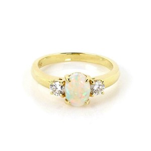 Tiffany & Co. Classic 1.32ct Opal & Diamond 18k Yellow Gold Cocktail Ring Size 6