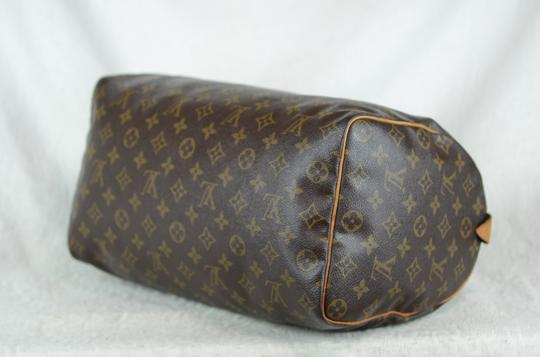 Louis Vuitton Speedy 35 Tote in Brown Image 5