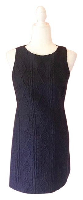 Preload https://img-static.tradesy.com/item/25768117/alice-olivia-navy-cable-knit-workoffice-dress-size-2-xs-0-1-650-650.jpg