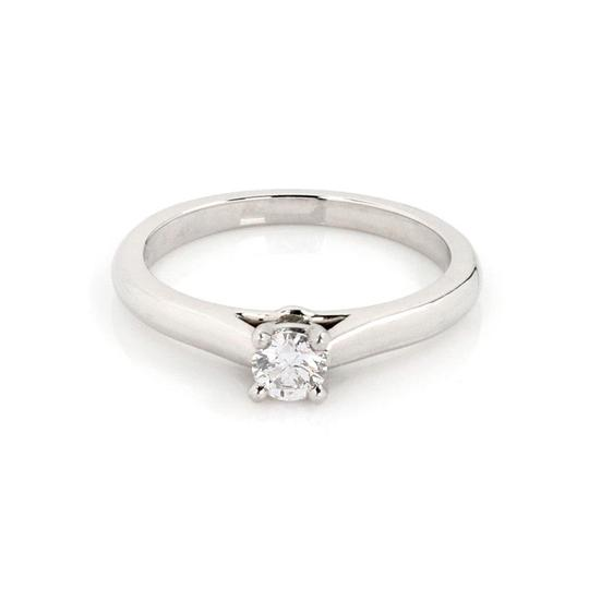 Preload https://img-static.tradesy.com/item/25768120/cartier-61069-solitaire-018ct-diamond-platinum-engagement-size-48-gia-cert-ring-0-0-540-540.jpg