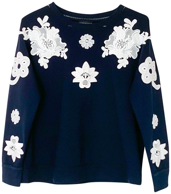 Preload https://img-static.tradesy.com/item/25768205/victoria-beckham-for-target-navy-white-floral-sweatshirthoodie-size-8-m-0-1-650-650.jpg