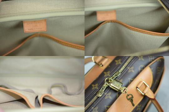 Louis Vuitton Deauville Monogram Tote in Brown Image 1