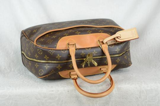 Louis Vuitton Deauville Monogram Tote in Brown Image 6