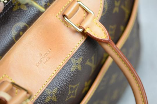 Louis Vuitton Deauville Monogram Tote in Brown Image 8