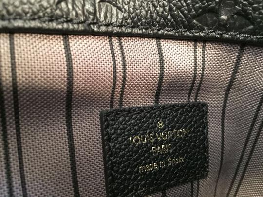 Louis Vuitton Tote in BLACK Image 6