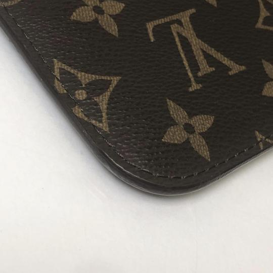 Louis Vuitton Lv Neverfull Neverfull Mm Monogram Pouch Wristlet in Brown Image 6