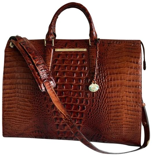 Preload https://img-static.tradesy.com/item/25768398/brahmin-office-envy-pecan-melbourne-business-laptop-bag-0-4-540-540.jpg