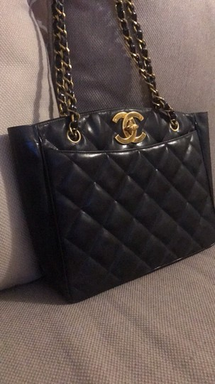 Chanel Tote Chain Vintage Turn Lock Shoulder Bag Image 2