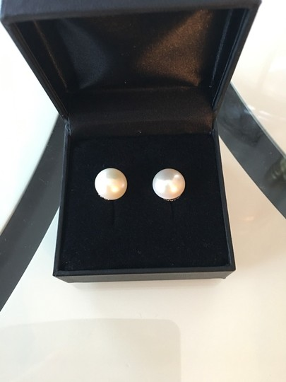 Other Pearl stud earrings Image 1