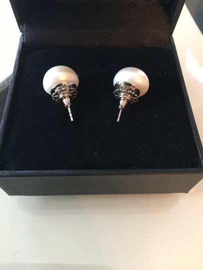 Other Pearl stud earrings Image 5
