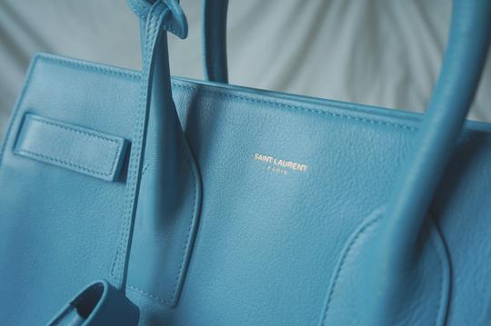 Saint Laurent Tote in baby blue Image 3