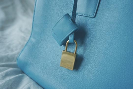 Saint Laurent Tote in baby blue Image 4