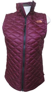 The North Face Thermoball Quilted Slim Fit Lightweight Vest