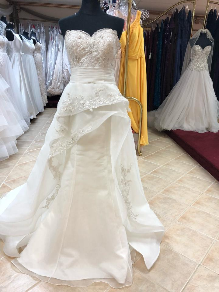 Anjolique Ivory Organza Lace Fit And Flare Gown Destination Wedding Dress Size 6 S 91 Off Retail