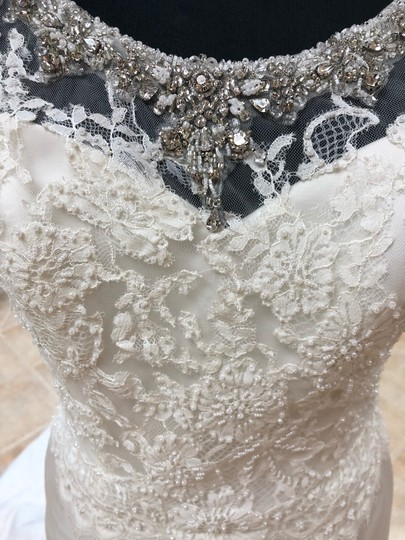 Anjolique Ivory Satin Lace Gown Fit and Flare Destination Wedding Dress Size 6 (S) Image 2