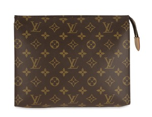 Louis Vuitton Louis Vuitton Monogram Toiletry 26 Pouch