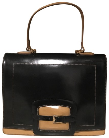 Preload https://img-static.tradesy.com/item/25769385/coccinelle-black-and-tan-leather-velour-lining-satchel-0-3-540-540.jpg
