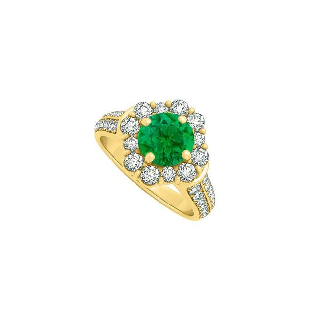 Green 2.00 Carat Emerald Cz In 14k Yellow Gold For Her Ring Green 2.00 Carat Emerald Cz In 14k Yellow Gold For Her Ring Image 1