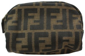 27c3d148ce9f Fendi Cosmetic Bags - Up to 70% off at Tradesy