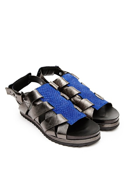 Surface to Air Silver Elia V2 Leather Strap Sandals Size EU 39 (Approx. US 9) Regular (M, B) Surface to Air Silver Elia V2 Leather Strap Sandals Size EU 39 (Approx. US 9) Regular (M, B) Image 1