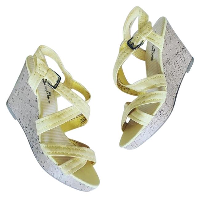 Item - Yellow Strappy Wedge Sandals Size US 8 Regular (M, B)