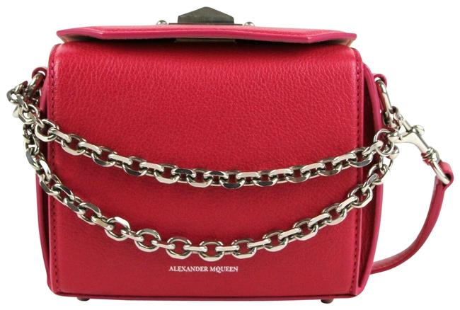 Item - Box 16 Chain 479767 Hot Pink Leather Cross Body Bag
