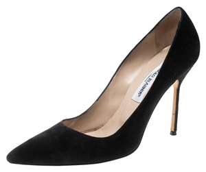 d69c227fb2632 Manolo Blahnik Shoes on Sale - Up to 70% off at Tradesy