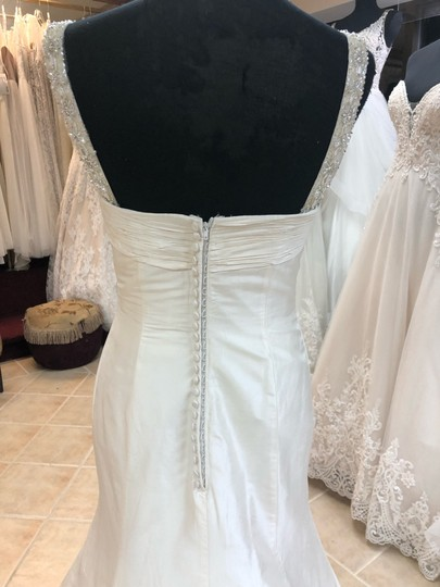 Anjolique Ivory Taffeta Beading. Silky Fit and Flare Destination Wedding Dress Size 6 (S) Image 5