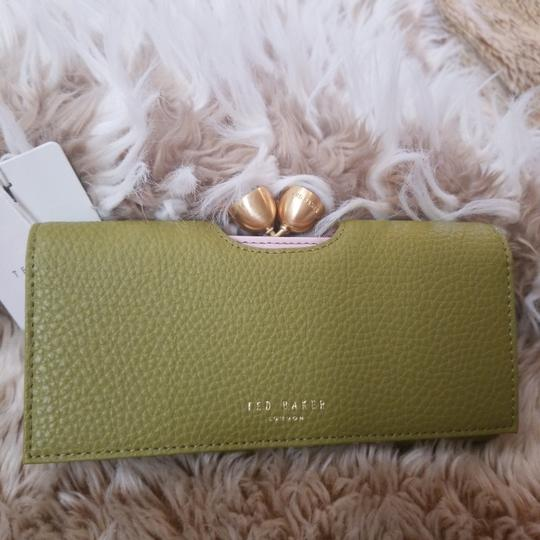 Ted Baker Ted Baker London Pebble Textured Bobble Leather Matinee Wallet Image 4