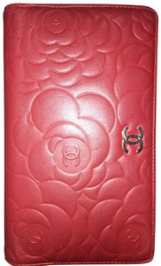 Chanel Camellia Long Bi-fold Red Wallet Chanel camellia bi-fold wallet long