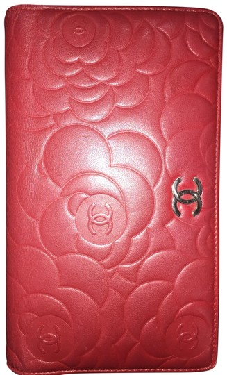 Chanel Camellia Long Bi-fold Red Wallet Chanel camellia bi-fold wallet long Image 0