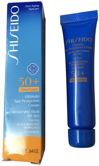 Preload https://img-static.tradesy.com/item/25774967/shiseido-ultimate-sun-protection-cream-0-1-540-540.jpg