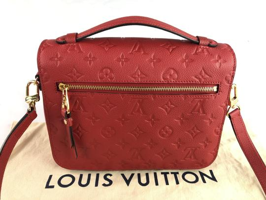 Louis Vuitton Monogram Pochette Métis Cross Body Bag Image 10