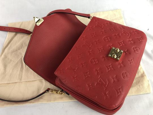 Louis Vuitton Monogram Pochette Métis Cross Body Bag Image 11