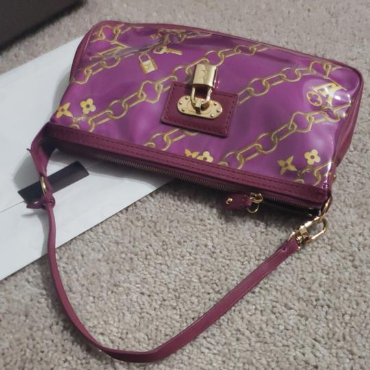 Louis Vuitton Monogram Locks And Charms Pink Limited Edition Purple Clutch Image 10
