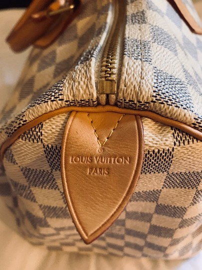 Louis Vuitton Satchel in White and blue checkered Image 3
